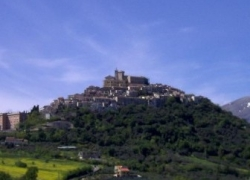 Da Vasto, prima di tornare a Milano, una gita tra Casoli e le Gole di Fara San Martino